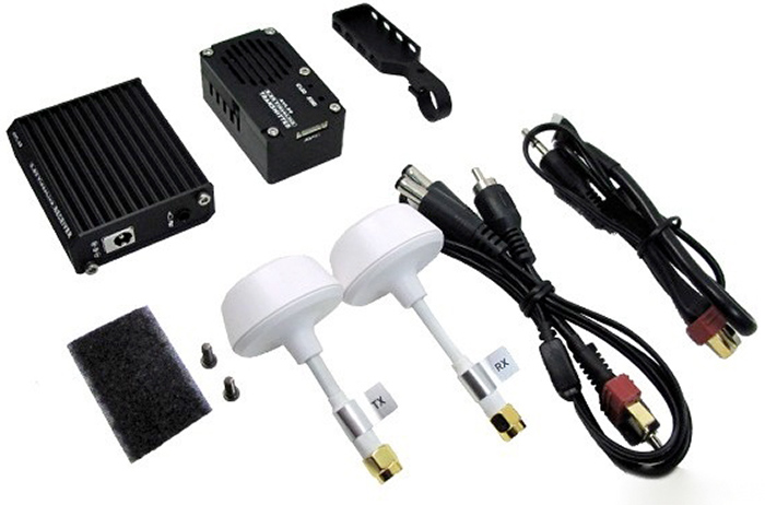 dji-innovations-5.8ghz-videolink-inc-cloverleaf-antennas-[2]-554-p.jpg